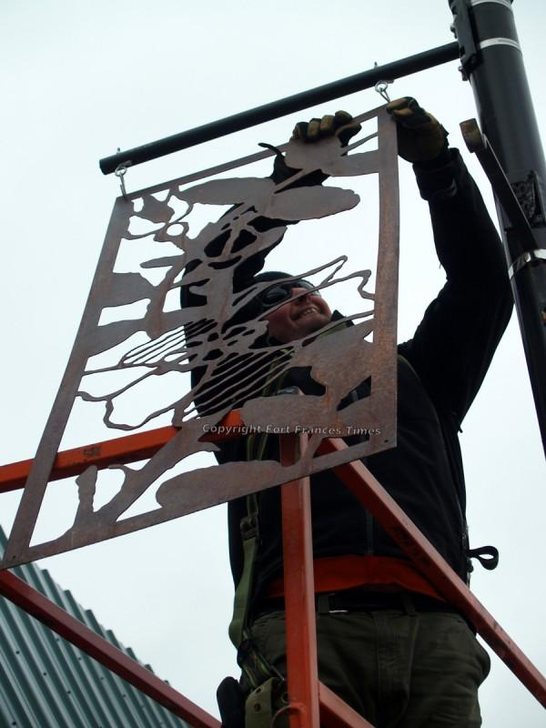 attaching-sign