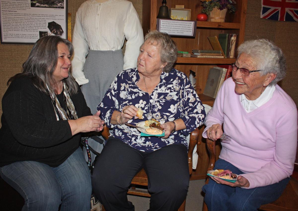 trio chatting