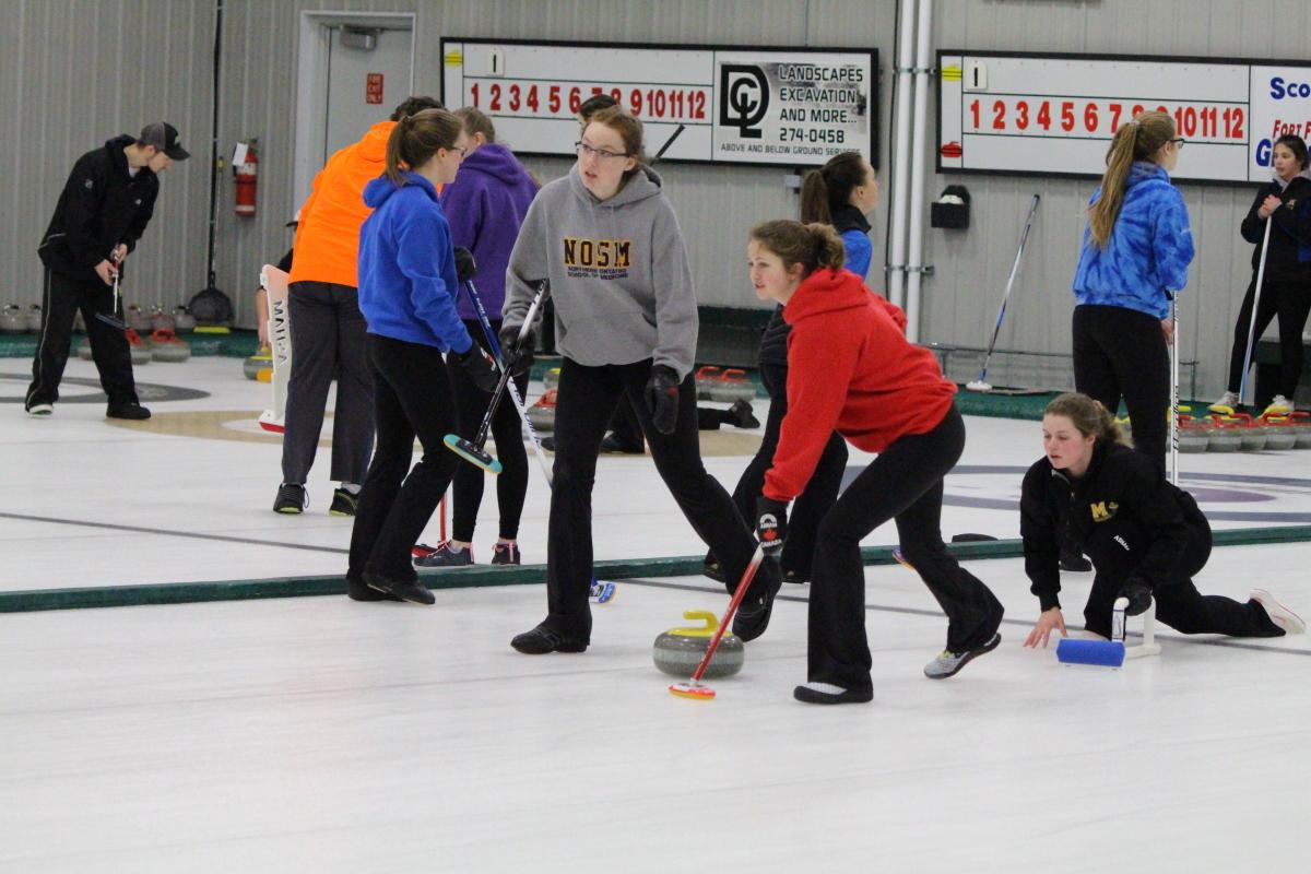 curling qualifier