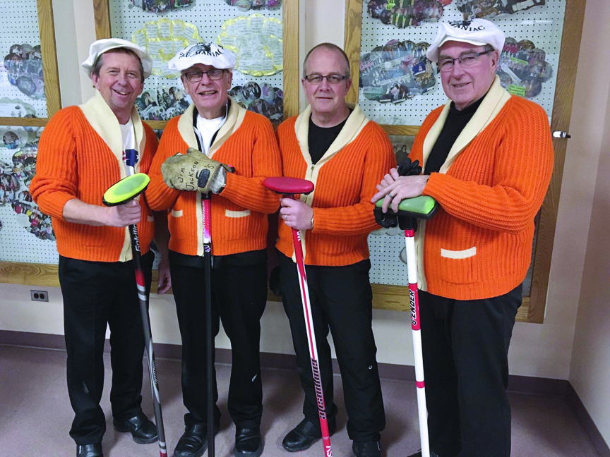 Curlers separated by border closure