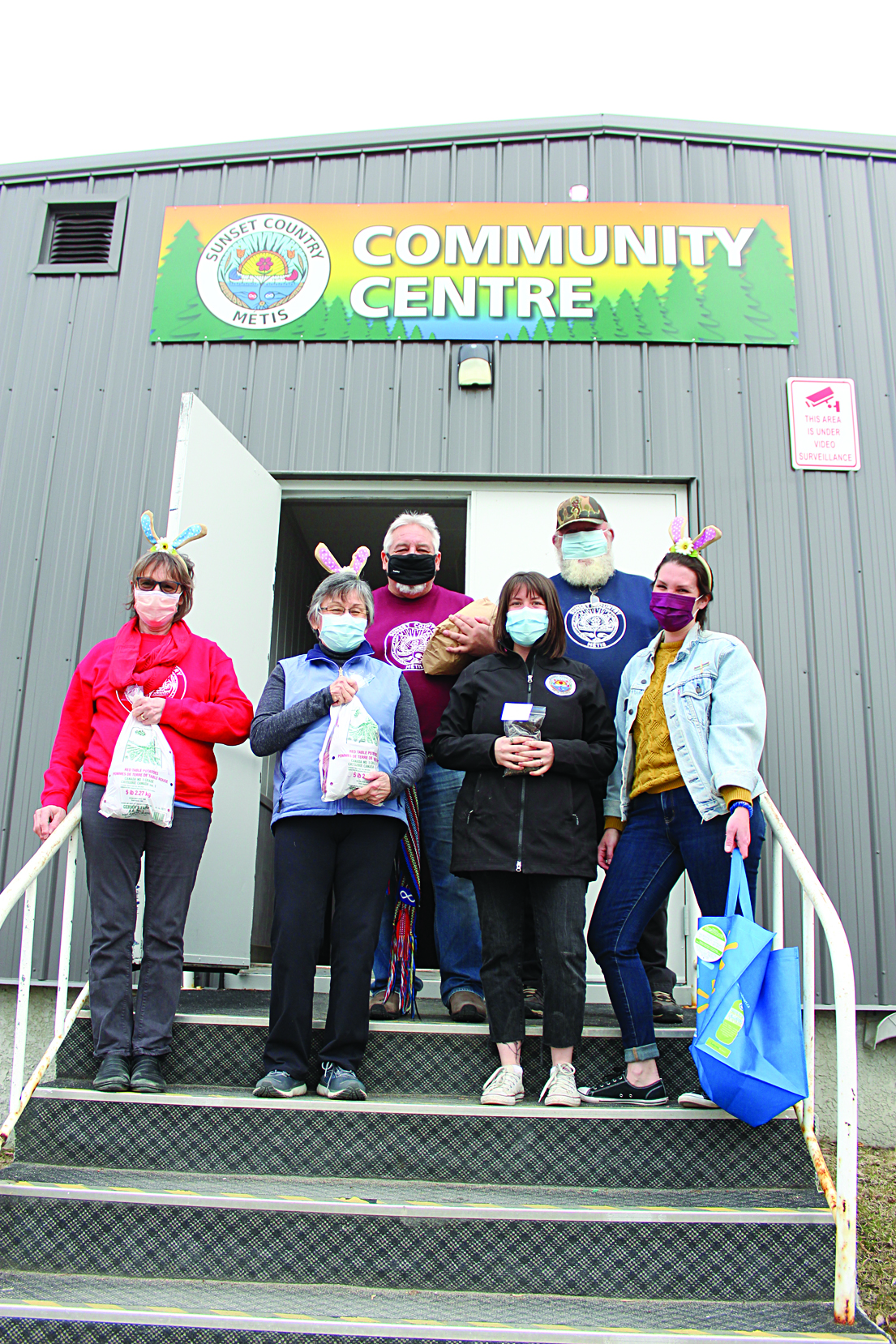 Metis council gives out Easter food baskets to connect community