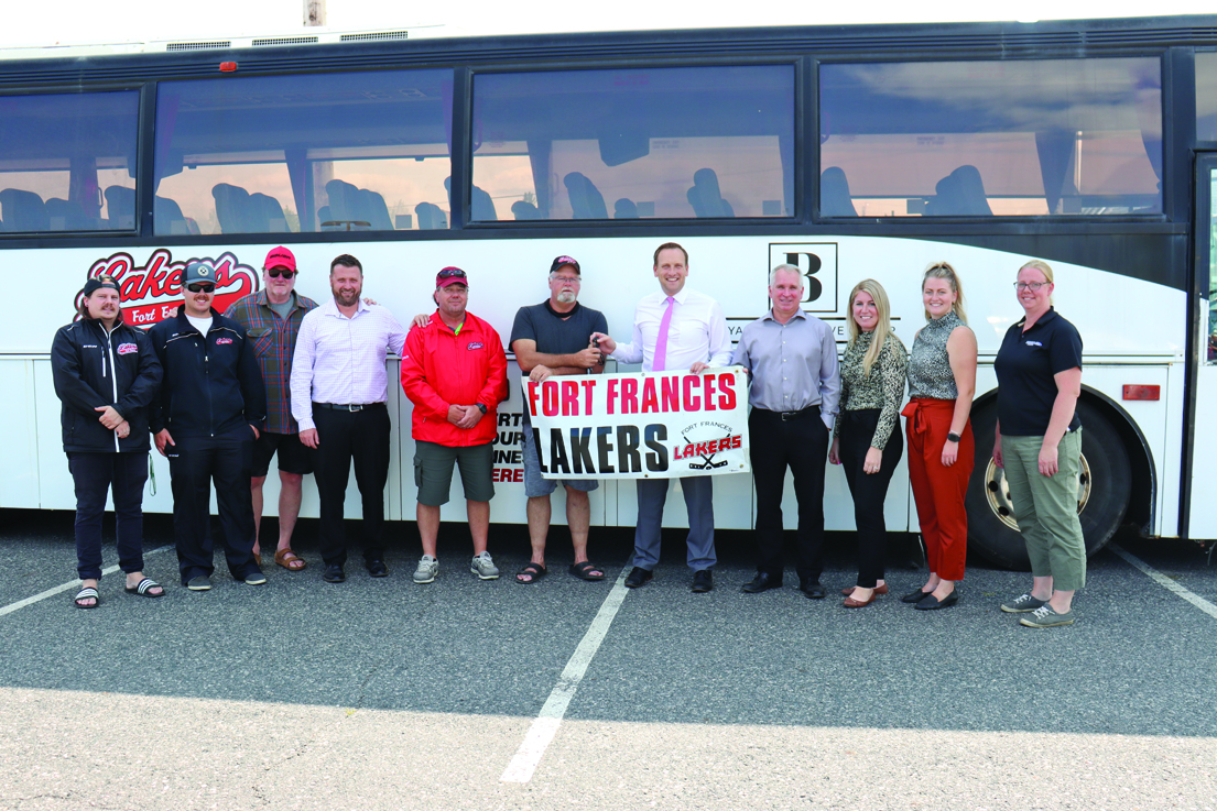 Beyak Automotive Group gifts Lakers new team bus