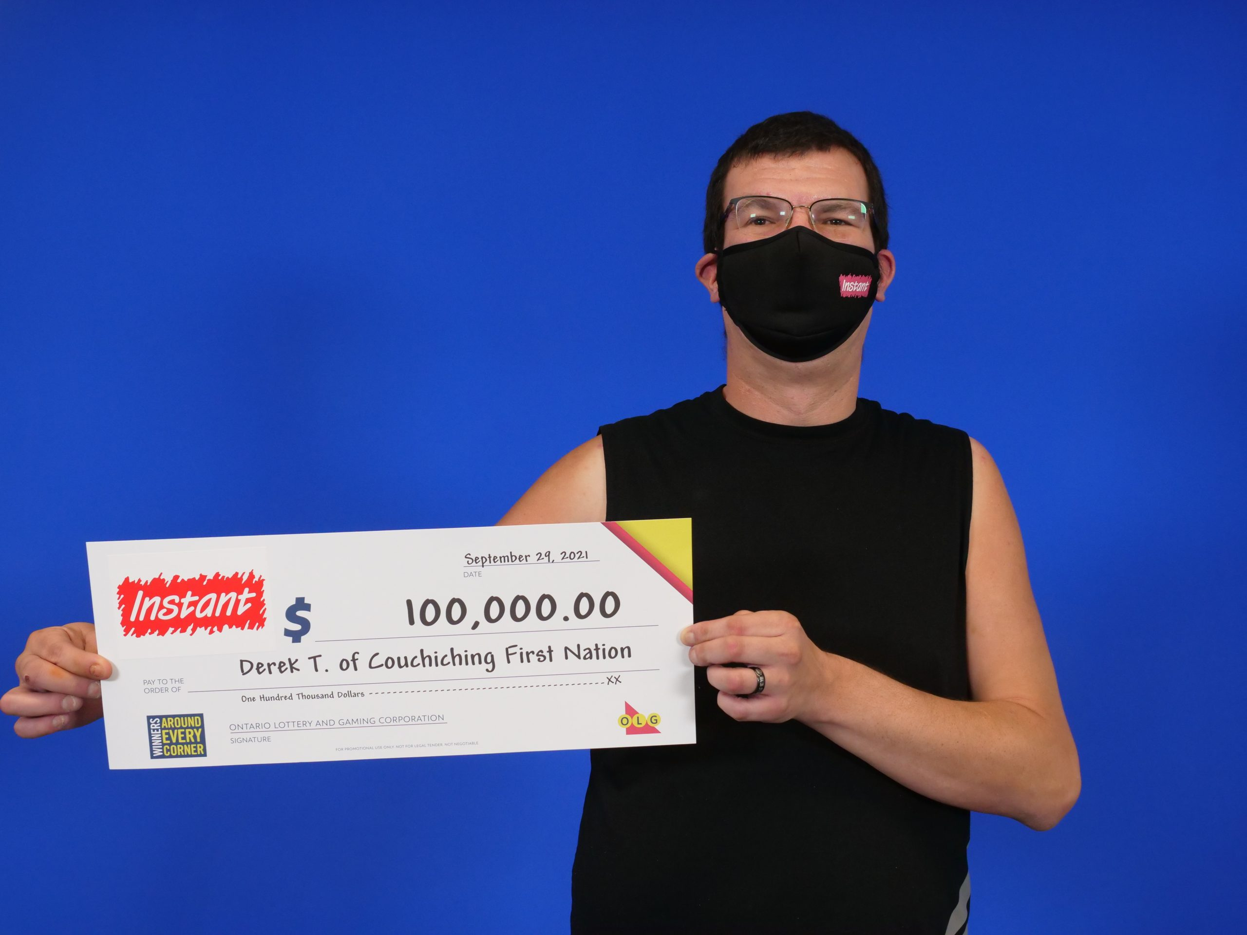 Local man takes top lottery